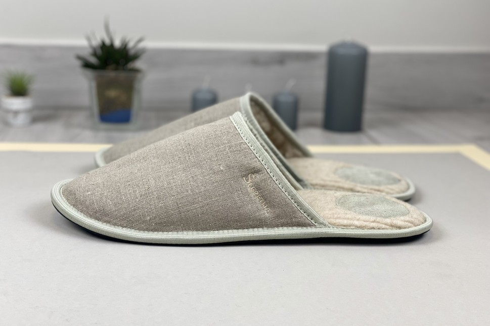 linnen slippers with wool
